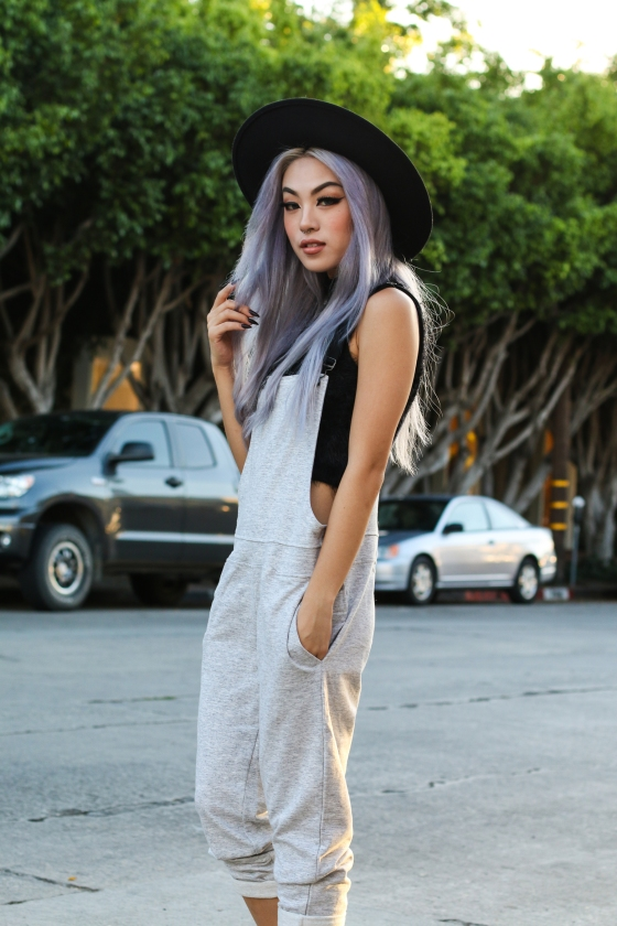 Ellen V Lora RocaFox Los Angeles Fashion Blogger - Shot in Melrose Place - Photography by Ryan Chua