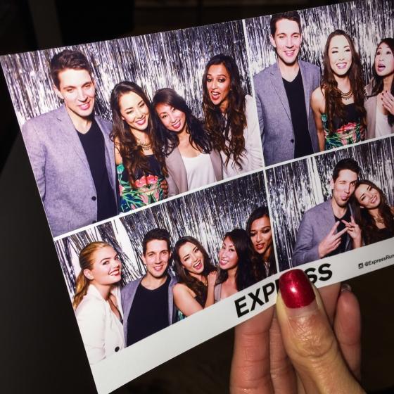 Kate-Upton-ExpressLove-Express-San-Francisco-34