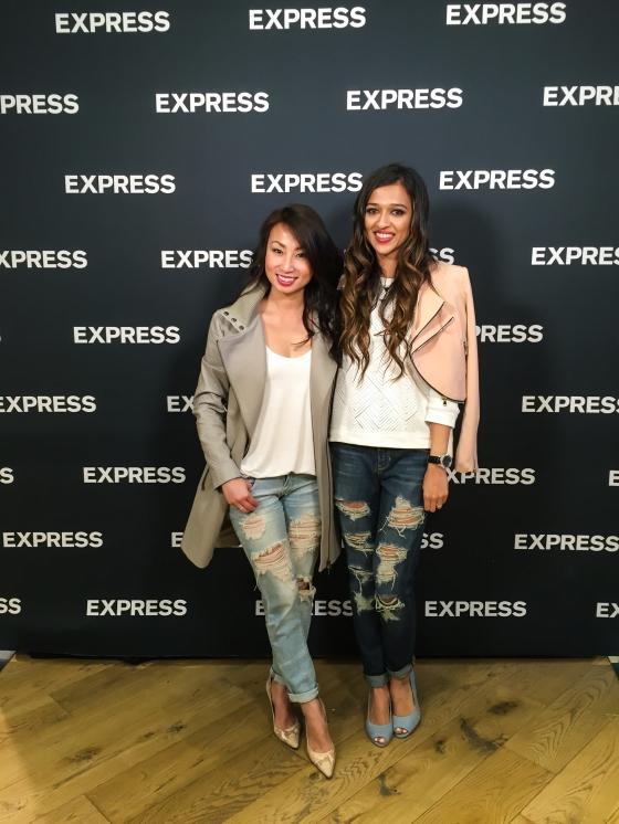 Kate-Upton-ExpressLove-Express-San-Francisco-54