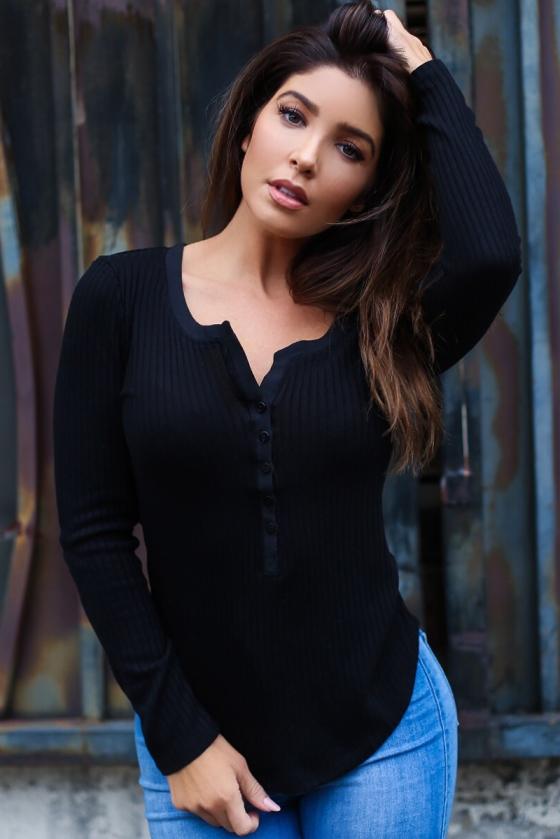 Melissa Molinaro 2